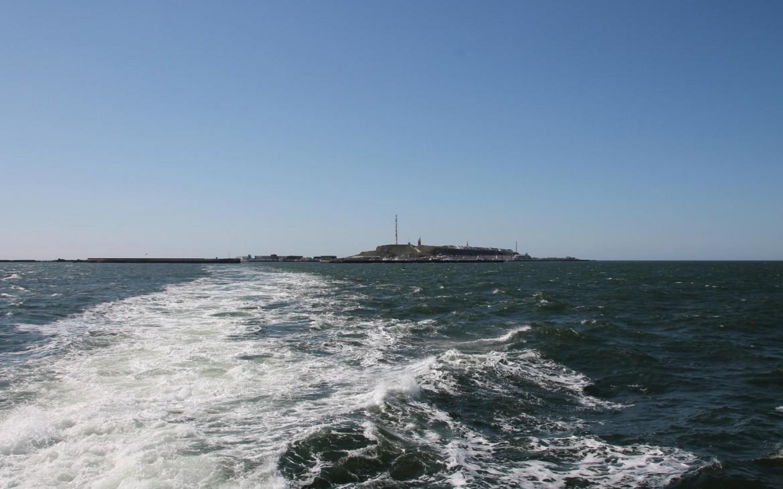 Überfahrt Helgoland mit Blick auf Südhafen