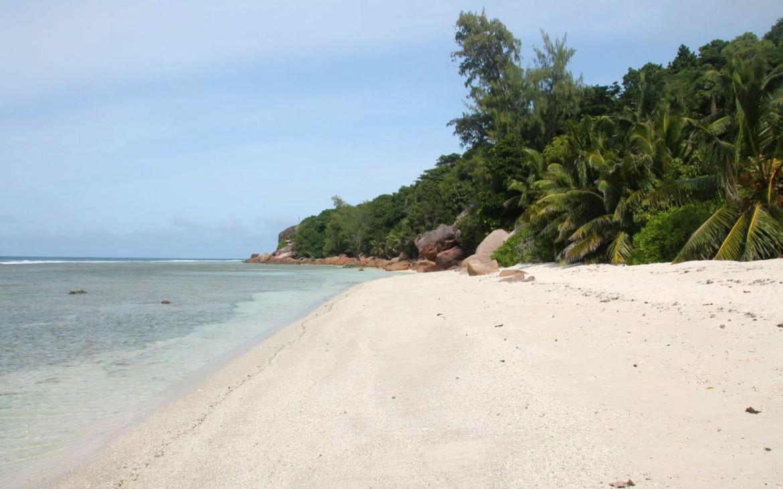 Anse Gaulettes auf La Digue - Seychellen