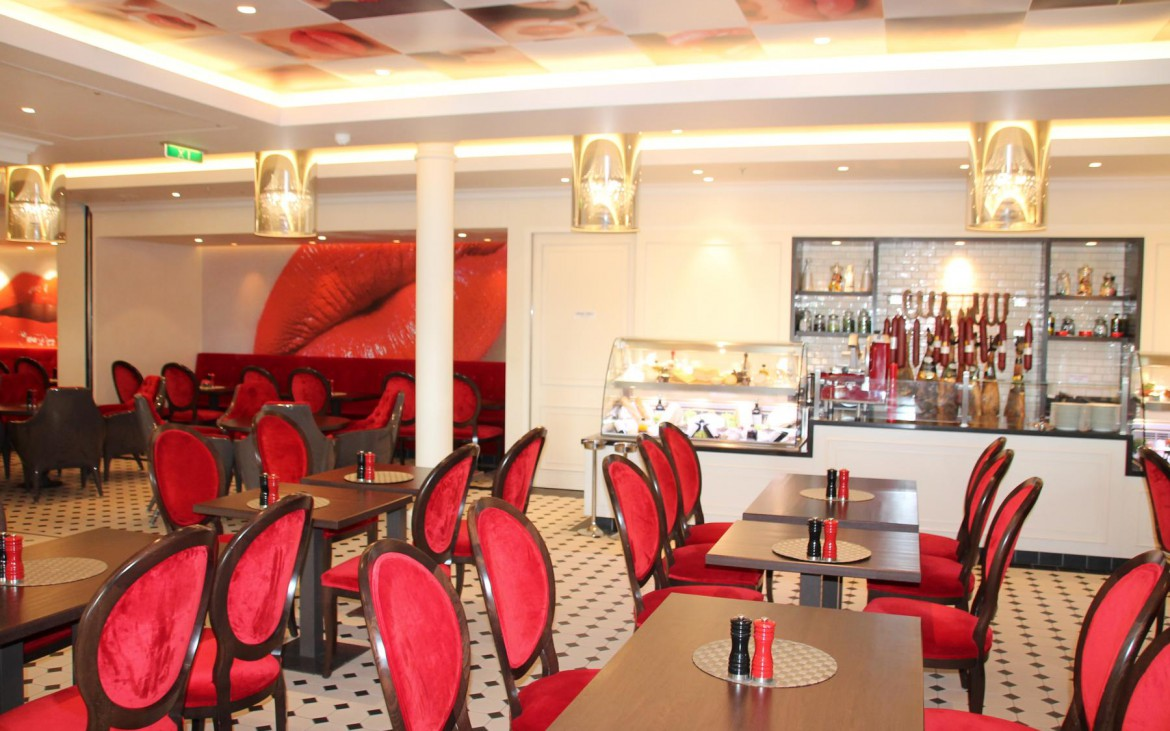 French Kiss Brasserie