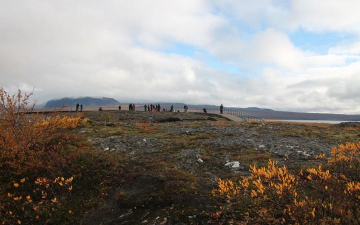 Auf dem Aussichtspunkt mit Blick auf Thingvellir