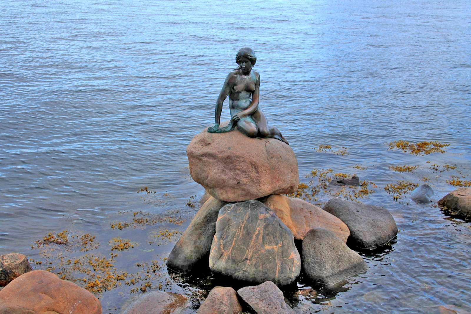 Wo Steht Die Kleine Meerjungfrau